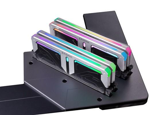 Zadak Spark RGB DDR4-4133 Memory Kit