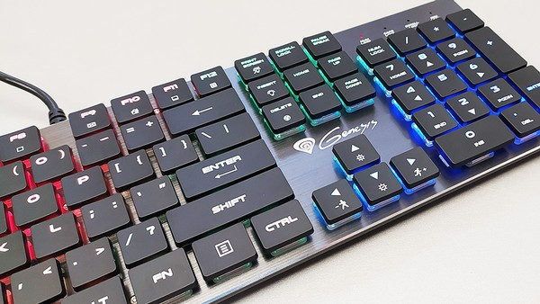 Genesis THOR 420 RGB Slim Keyboard