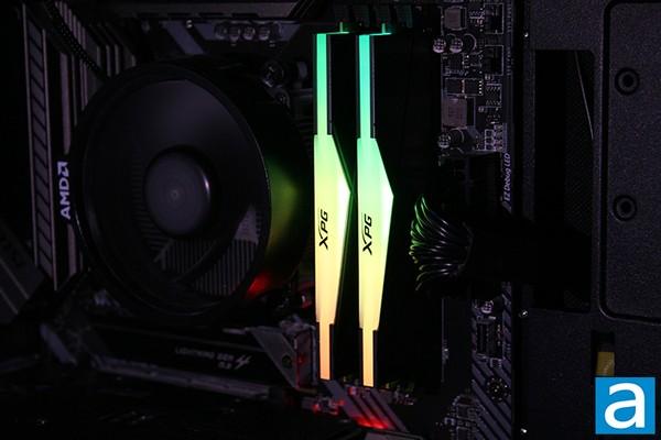 XPG Spectrix D50 2x8GB DDR4-3600 RAM